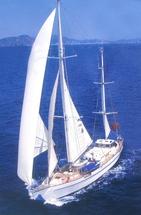 Парусная яхта на 30 метров в Одессе