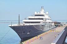 Бывшая яхта Березовского посетила Одессу