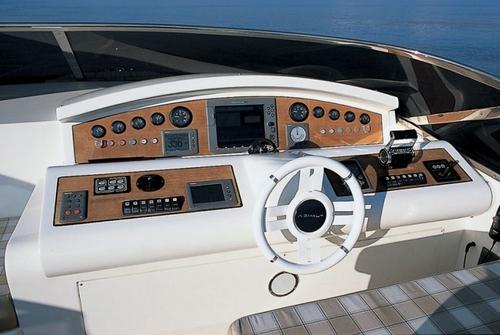 Azimut 98 Leonadro 1984
