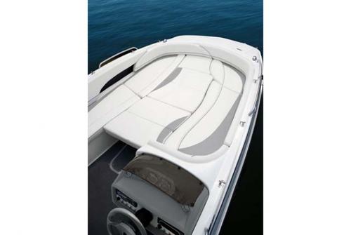 Bayliner Deck Boat 197 3026