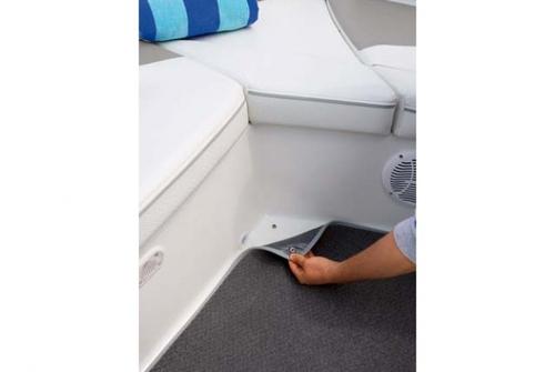 Bayliner Deck Boat 197 3028