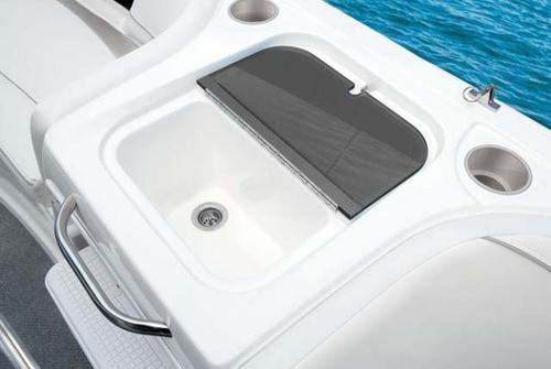 Bayliner Deck Boat 217 3037