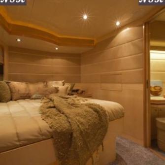 Elegance Yachts 60 7021