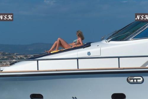 Elegance Yachts 64 7037