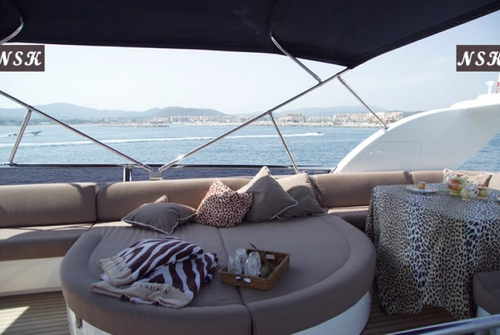 Elegance Yachts 64 7038