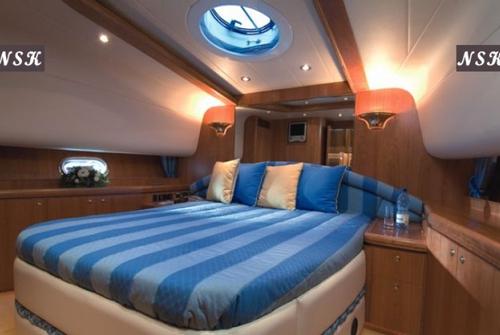 Elegance Yachts 64 7045