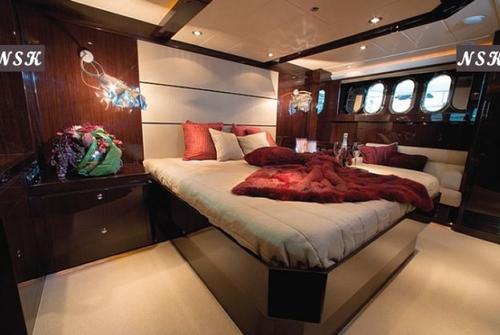 Elegance Yachts 64 7046