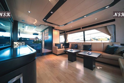 Elegance Yachts 72 7074