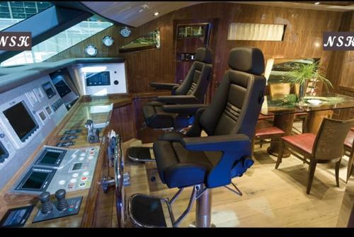Elegance Yachts 72 7085