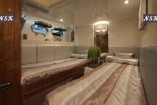 Elegance Yachts 80 7140
