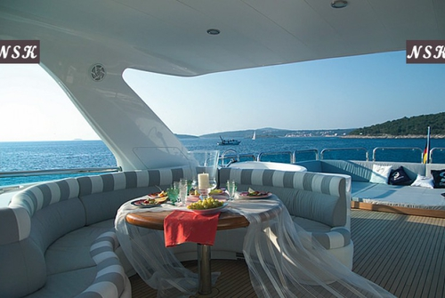 Elegance Yachts 82 7156