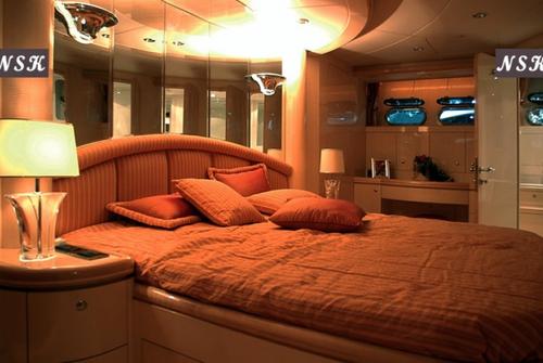 Elegance Yachts 90 7214