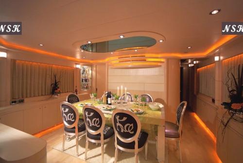 Elegance Yachts 90 7217