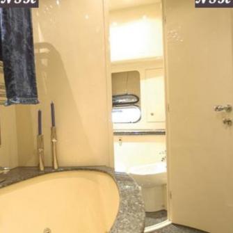 Elegance Yachts 90 7218