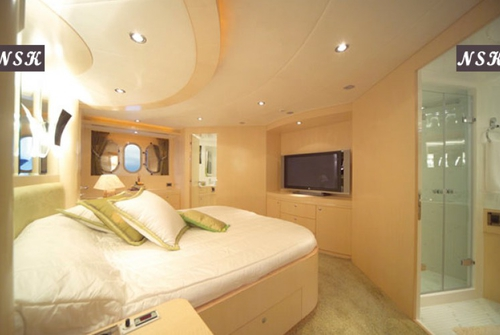 Elegance Yachts 90 7219