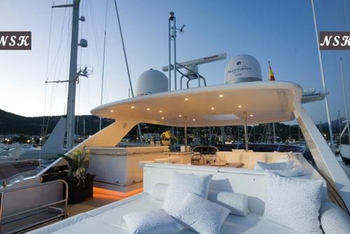 Elegance Yachts 92 7253