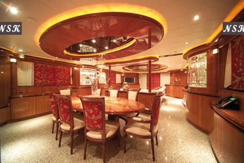 Elegance Yachts 115-125 7288