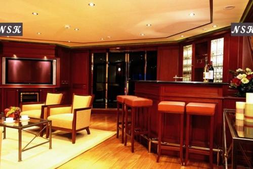 Elegance Yachts 115-125 7289