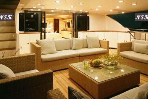 Elegance Yachts 115-125 7295