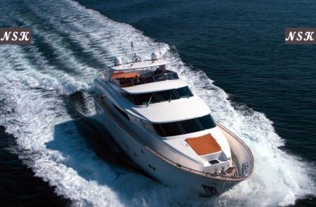 Elegance Yachts 90