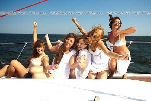 Парусная яхта F45 1436364228