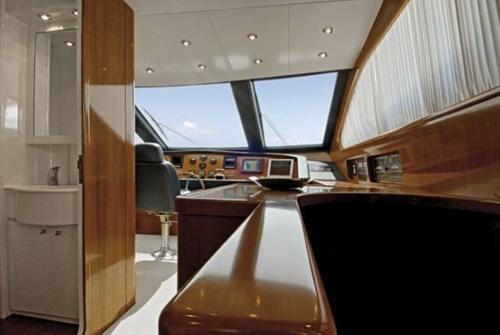 Falcon Yachts 90 7638