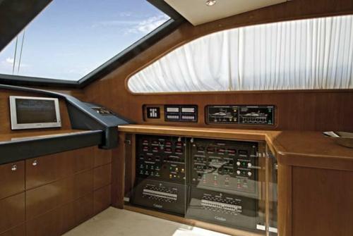 Falcon Yachts 90 7639