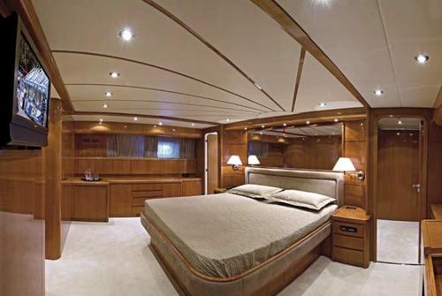 Falcon Yachts 90 7652