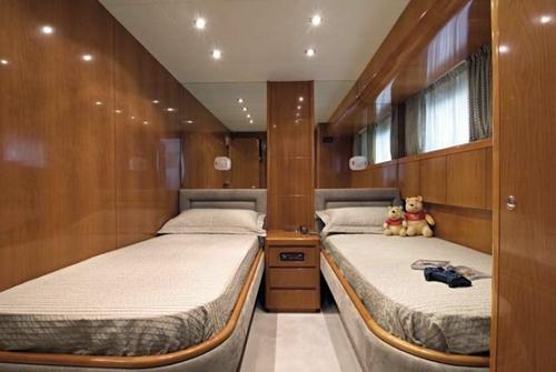 Falcon Yachts 90 7653