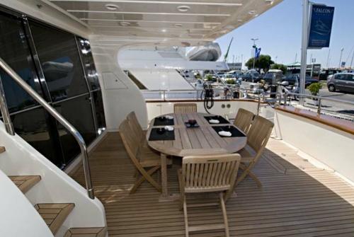 Falcon Yachts 102 7666
