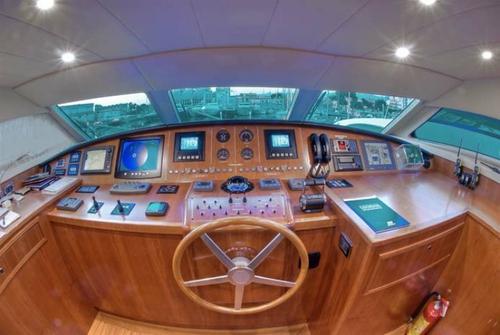 Falcon Yachts 102 7677