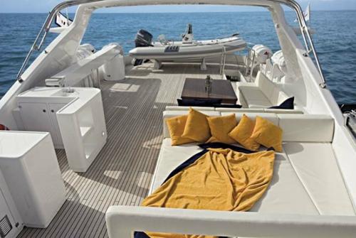 Falcon Yachts 115 S 7708