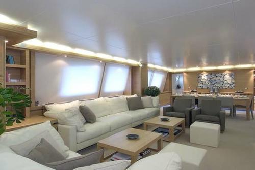 Falcon Yachts 115 S 7712