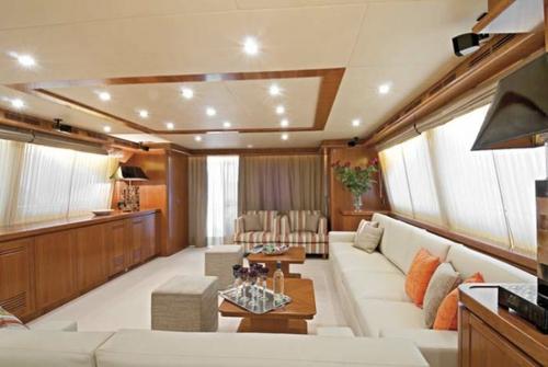 Falcon Yachts 115 S 7731
