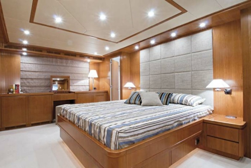 Falcon Yachts 115 S 7744