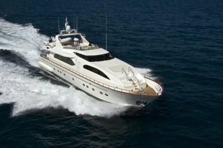 Falcon Yachts 102