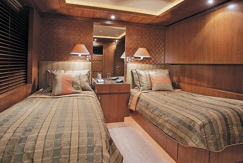 ISA Yachts 470 8531