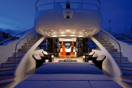ISA Yachts 120 8582