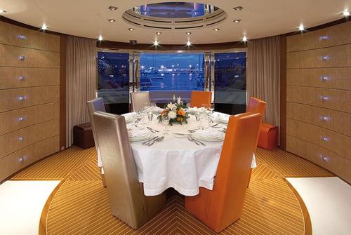 ISA Yachts 120 8584