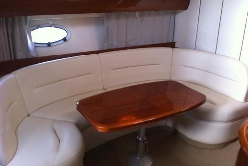 Скоростной катер Princess 1558