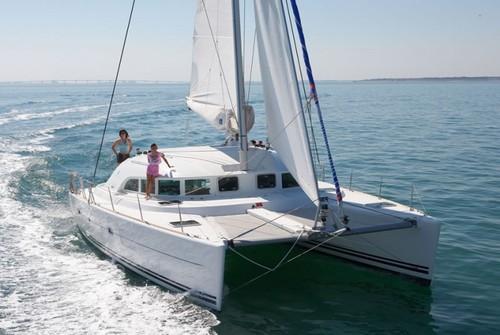 Lagoon 380 36