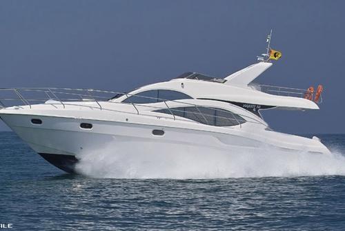 Majesty Yachts 8482