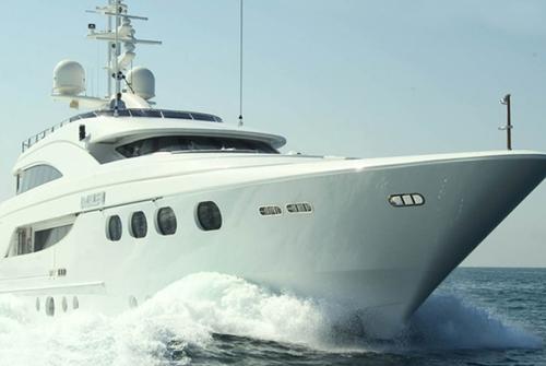 Majesty Yachts 8489