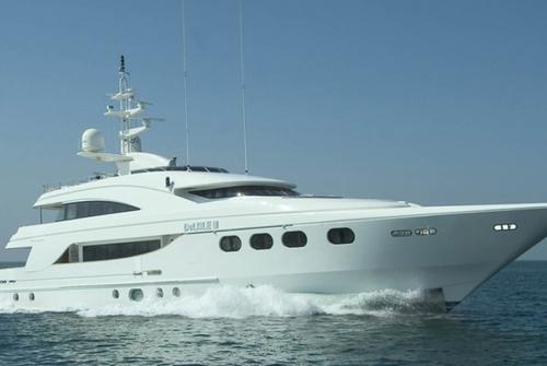 Majesty Yachts 8490