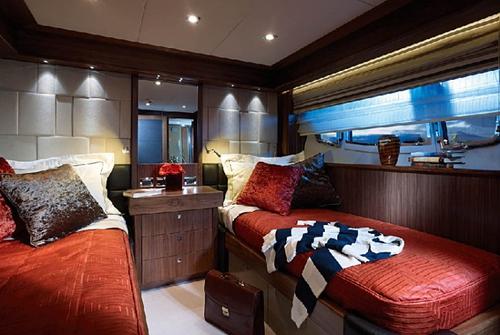 Sunseeker 30 Metre Yacht 10485