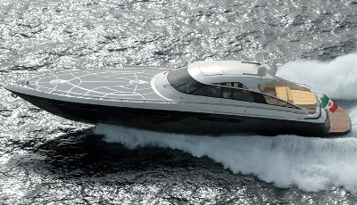 Motoryacht with hardtop up to 24 meters