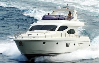 with flybridge motor yacht of 20 meters